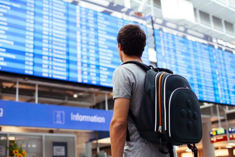 Aeroporto 800x533 - Estudar na Argentina: Descubra Por que Muitos Brasileiros Desistem