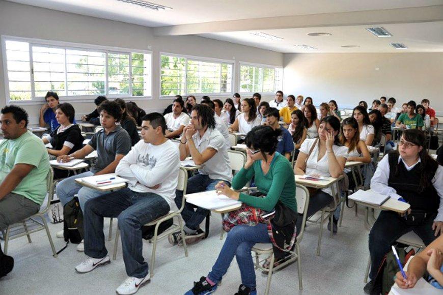 l 1538396185 - Universidade de Buenos Aires: estude de graça sem vestibular