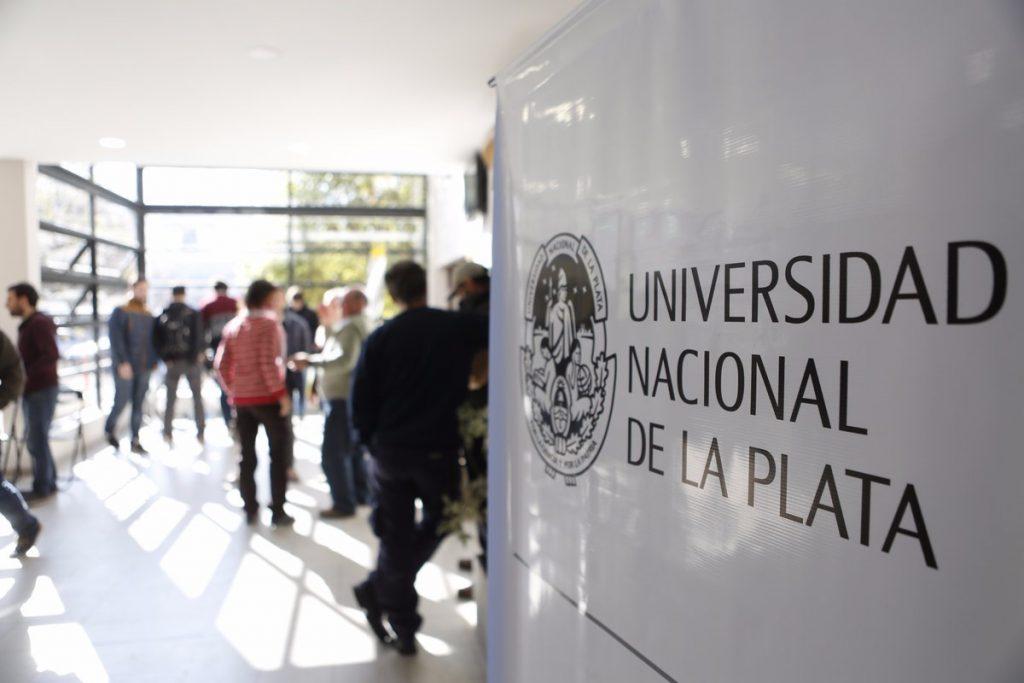 Faculdade de Medicina da Universidade Nacional de La Plata UNLP 1024x683 - Universidade Nacional de La Plata: Medicina sem Vestibular